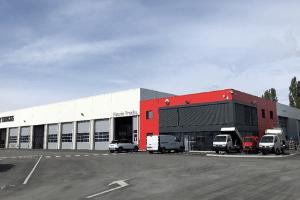 devanture-faurie-renault-trucks-riom